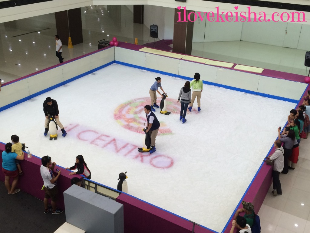 iL Centro Sta. Lucia Mall Ice Skating Rink