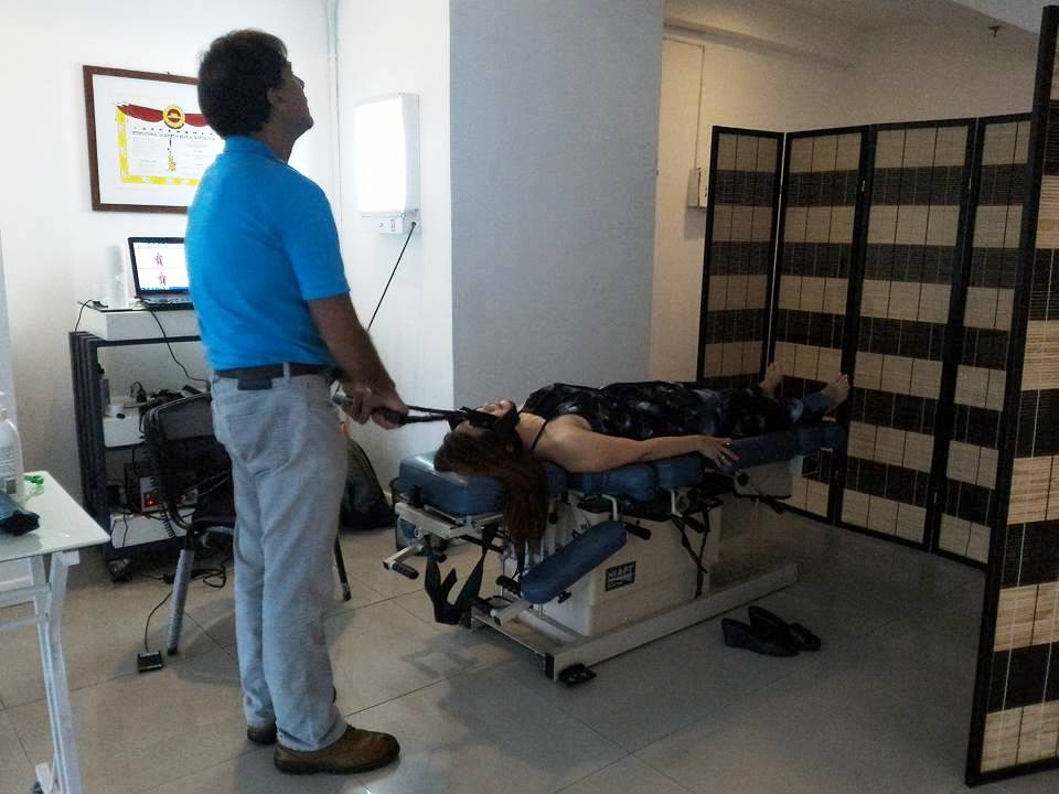 Chiropractor Treatment 3